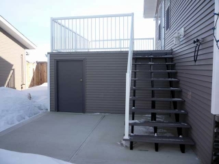Red Deer - deck with storage